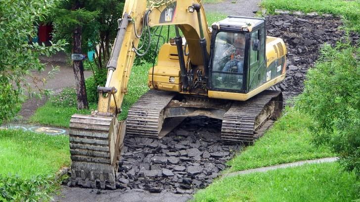 excavator-2682223_960_720